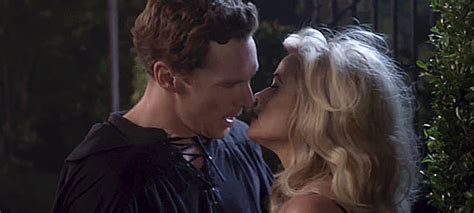 film terbaik benedict cumberbatch watch why is benedict snogging reese witherspoon