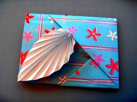 Origami Card - how to make an origami leaf card