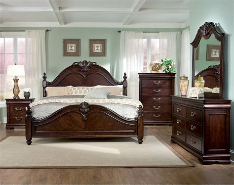 queen size poster bedroom sets westchester 8 piece queen bedroom set the brick