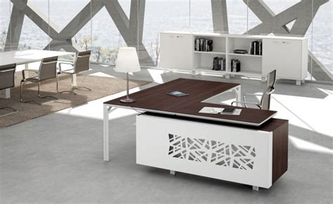 Modern Office Desk Ls by Modern Office Furniture How To Find The Right Office Desk