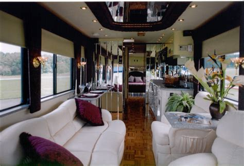 School Bus Homes : School Bus Conversion Ideas into