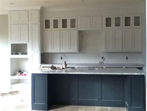 need help on door knob handles in kitchen