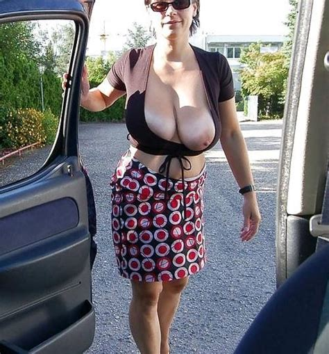 Old Spunkers Granny Blowjob And Granny Blowjob Captions Xxx Photos