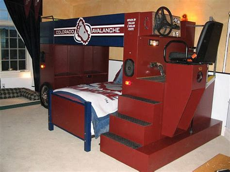 At At Bed by Zamboni Bunk Bed Archives Damngeeky