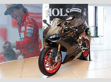 The Ayrton Senna Institute receives Panigale S Senna #001 ... F1 Driver Numbers