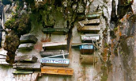 Famous Tree Houses the hanging coffins of sagada