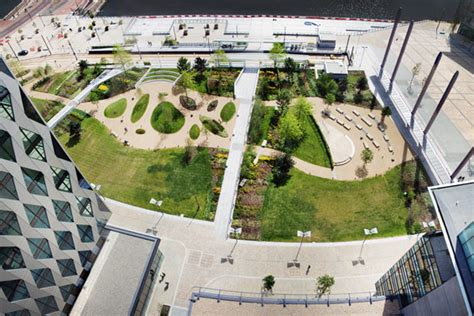 Landscape Architect Uk Mediacityuk Salford Uk Gillespies