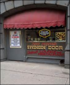 the swinging door milwaukee swinging door thrives with old time flavor onmilwaukee