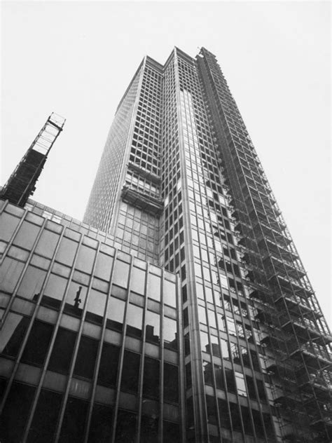 ludwig mies van der rohe the seagram building new york 17 best images about seagram building by mies van der rohe