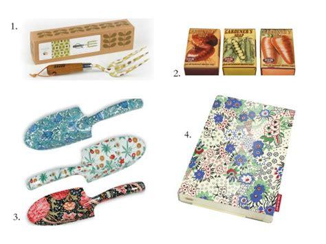 best gifts for gardeners 15 best gifts for gardeners under