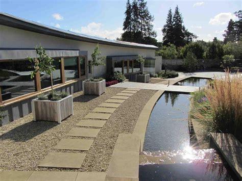 Wasserlauf Garten Modern by Modern Water Garden Design Garden Design And Landscape
