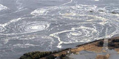 earthquake kerala 7 4 earthquake hits japan with one meter tsunami wave at