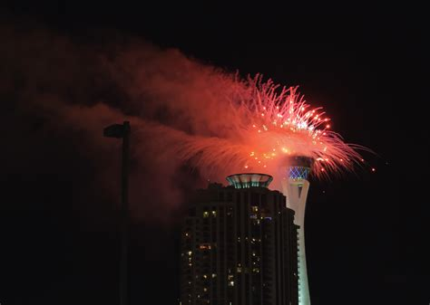 file happy new year 2013 las vegas 8333001888 jpg