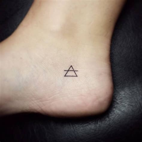 glyph tattoo 25 best ideas about glyph on glyphs