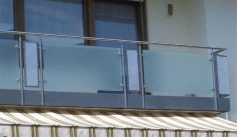 edelstahl balkongeländer mit glas balkone