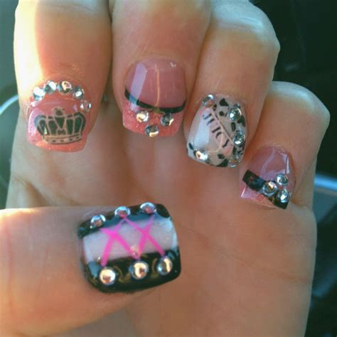 cute nail designs with a crown 45 best nail art crowns images on pinterest nail