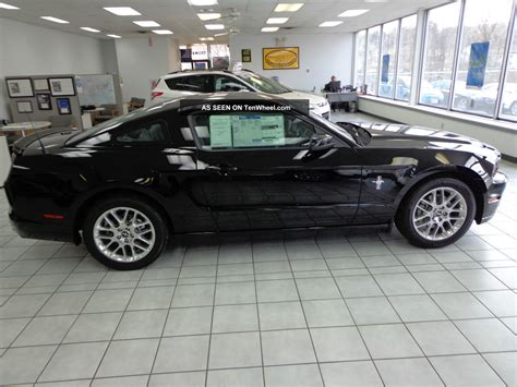 2014 ford mustang pony package 2014 ford mustang v6 premium pony package foto