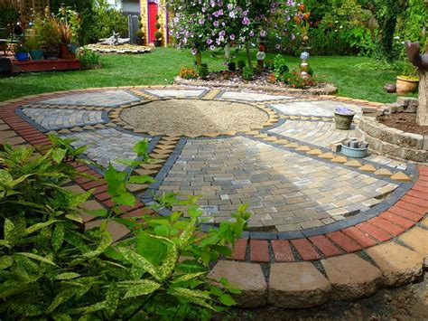 Paving Ideas For Backyards by Backyard Pavers Ideas Home Outdoor Decoration