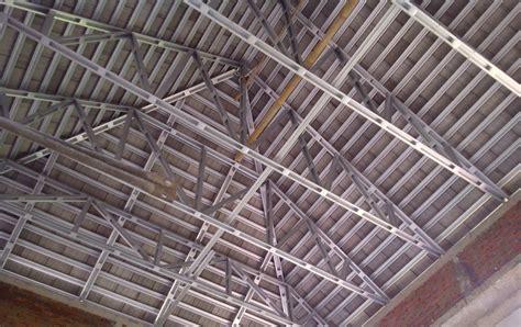 Contoh Pemakaian gambar desain rumah pro dan kontra pemakaian rangka atap