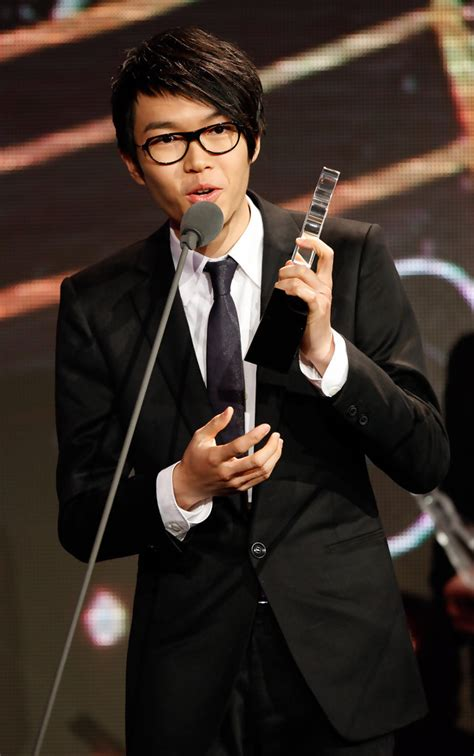 xiao fong fong new year song khalil fong in 2008 beijing pop awards zimbio