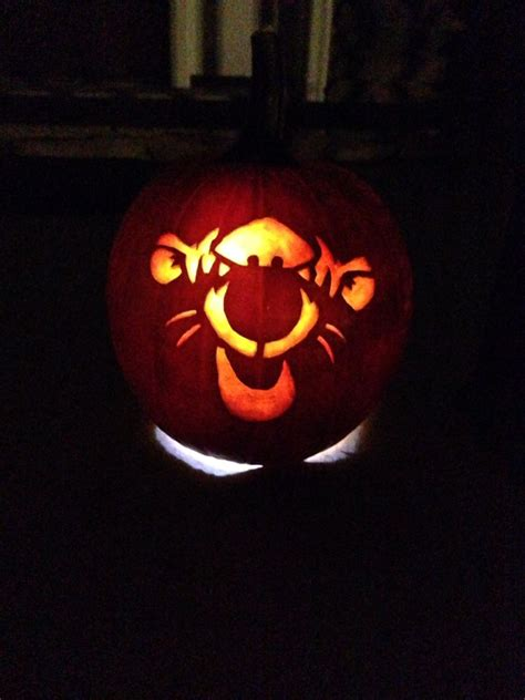 winnie the pooh pumpkin carving templates pumpkin carving of tigger from winnie the pooh pumpkin