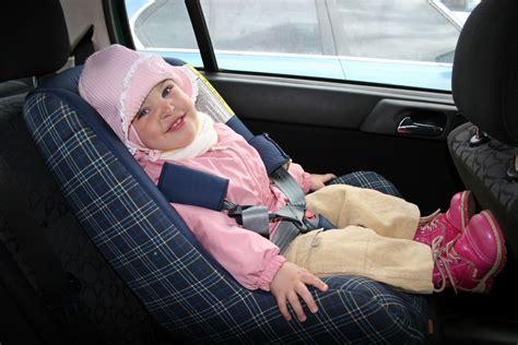 sieges auto enfant siege auto 10 conseils pour choisir un si 232 ge auto b 233 b 233