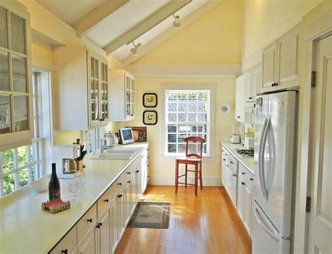 nantucket kitchen 287 best images about cape cod kitchens on pinterest