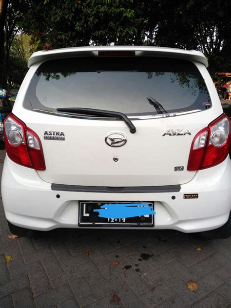 Mobil Ayla Putih by Jual Ayla 2014 Putih Mulus Mobilbekas