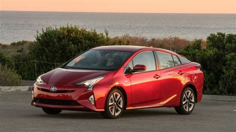 2019 Toyota Priuspictures by 2019 Toyota Priuspictures Car Model 2019