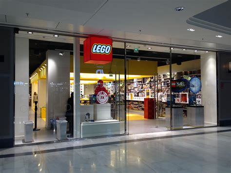 magasin canapé clermont ferrand lego 174 ouvre 3 232 me magasin en cushman wakefield