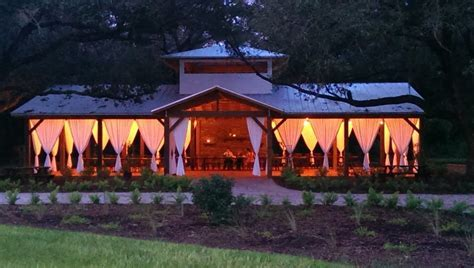 8 Barn Wedding Venues in Florida You've Never Heard of