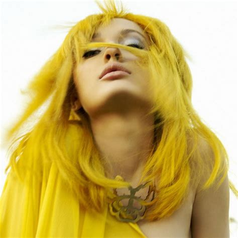 yellow skin what color hair what hair color is best for over 70