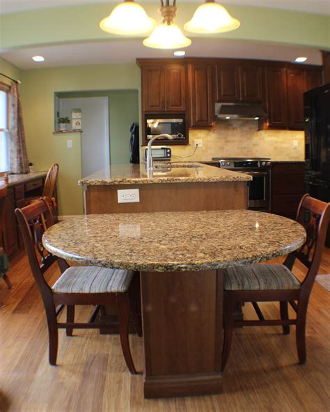 Kitchen Island With Table Seating This Two Level Island Drops To Table Height For Easy And Comfortable Access In This Cherry