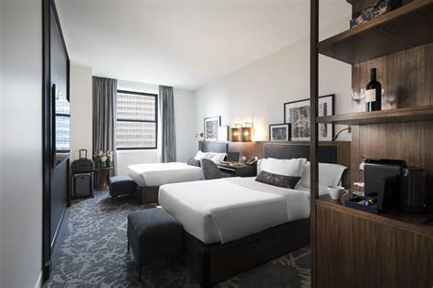 hotels with 2 bedroom suites in chicago 2 bedroom hotel suites chicago 2 bedroom suites in chicago