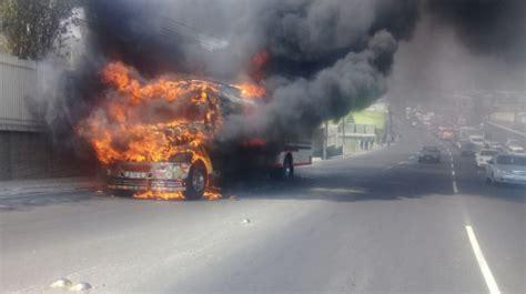 tur bus se incendia en ruta 5 al norte de la serena dificultades en la cuesta de villa lobos por veh 237 culo