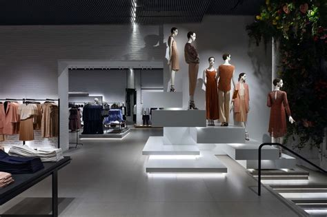 home design stores soho nyc zara opens new nyc flagship store in soho news retail