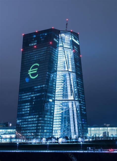 europäische bank frankfurt are the decisions of the european central bank politically