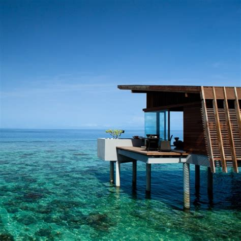 water bungalow in maldives the water bungalow the maldives structural design