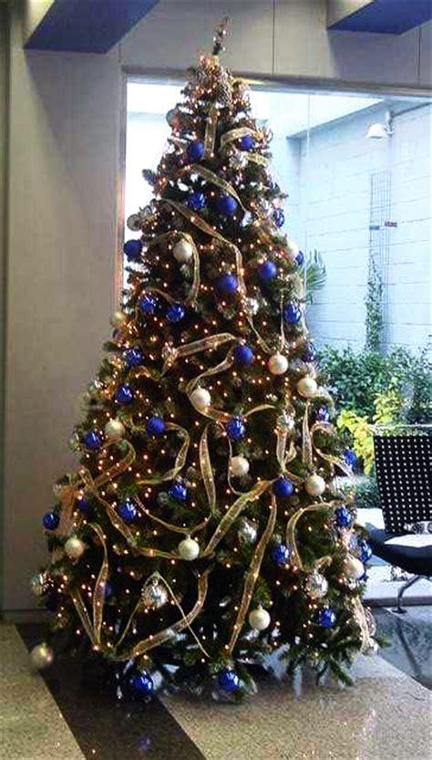 arbol navidad azul en navidad de color azul rboles de navidad y navidad 193