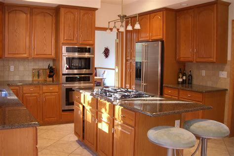 How To Design A Small Kitchen Layout Best Small Kitchen Designs Decobizz