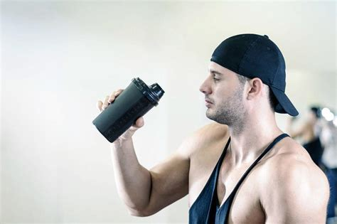 creatine vs protein how to choose between whey protein and creatine