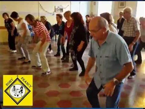 ballo di gruppo swing ballo di gruppo roby e francy al centro anziani il