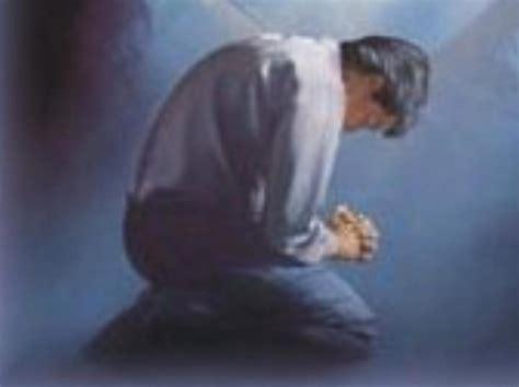 imagenes de un hombre orando a dios imagenes de personas orando a dios 9 quotes