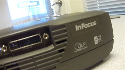Projector Infocus Mini infocus lp70 dlp mini projector test