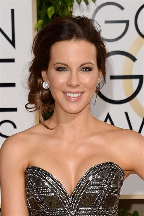 kate beckinsale brings some hollywood style glamour to an easter what a scoop golden globes hair style