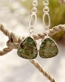 Handmade Jewellery Materials - 5 unique features of handmade jewelry designs dune