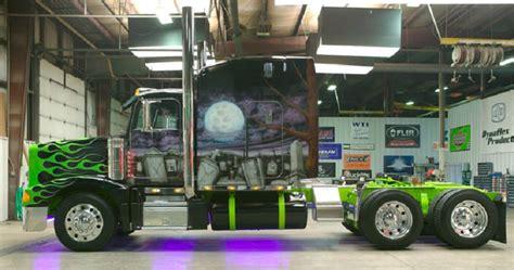 pics of grave digger truck trick my truck grave digger pixshark com images