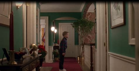 home alone bathroom tour the quot home alone quot christmas movie house