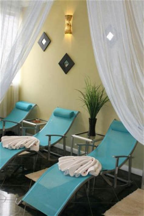 addis ababa hairstylist oasis salon and spa addis ababa 2018 all you need to