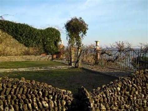 casa jovanotti cortona nel giardino della casa di jovanotti